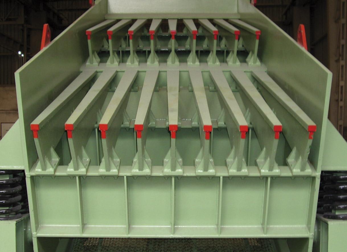 """Barras deslizantes en escalón de un Precribador <span class=""""color_granier""""><span class=""""color_granier"""">GRANIER <sup class=""""clase_sup"""">®</sup></span></span> PCV 6012"""